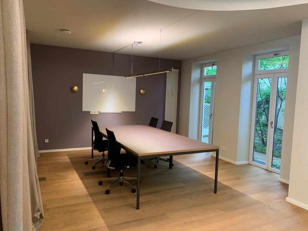 Separates Studio für Projektgruppen oder Startups (mit Lagerraum und Gartenzugang)